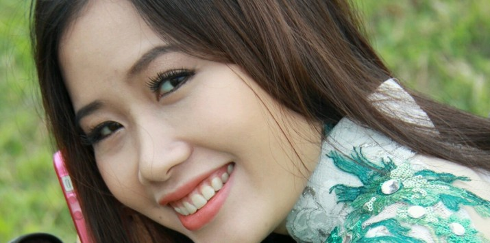 Trần Hồng Nhung làm MV về Trường Sa sau một thời gian làm mẹ