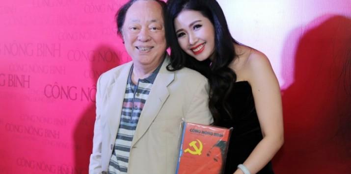 """Hồng Nhung: """"Ông xã dành hết thời gian cho sự nghiệp ca hát của vợ"""""""
